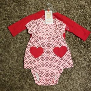 Valentine's Day Heart Print Dress Onsie size nb
